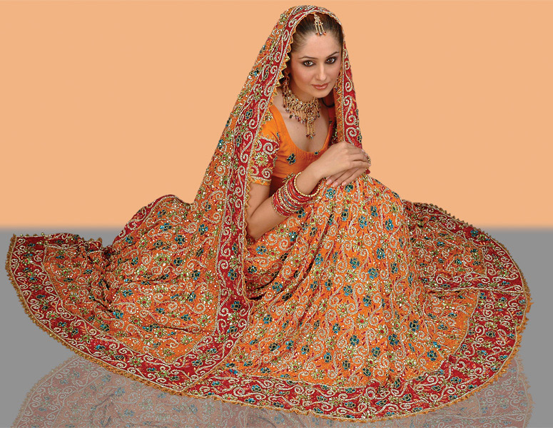 LGD8, Pure crepe lehanga-choli with dupatta